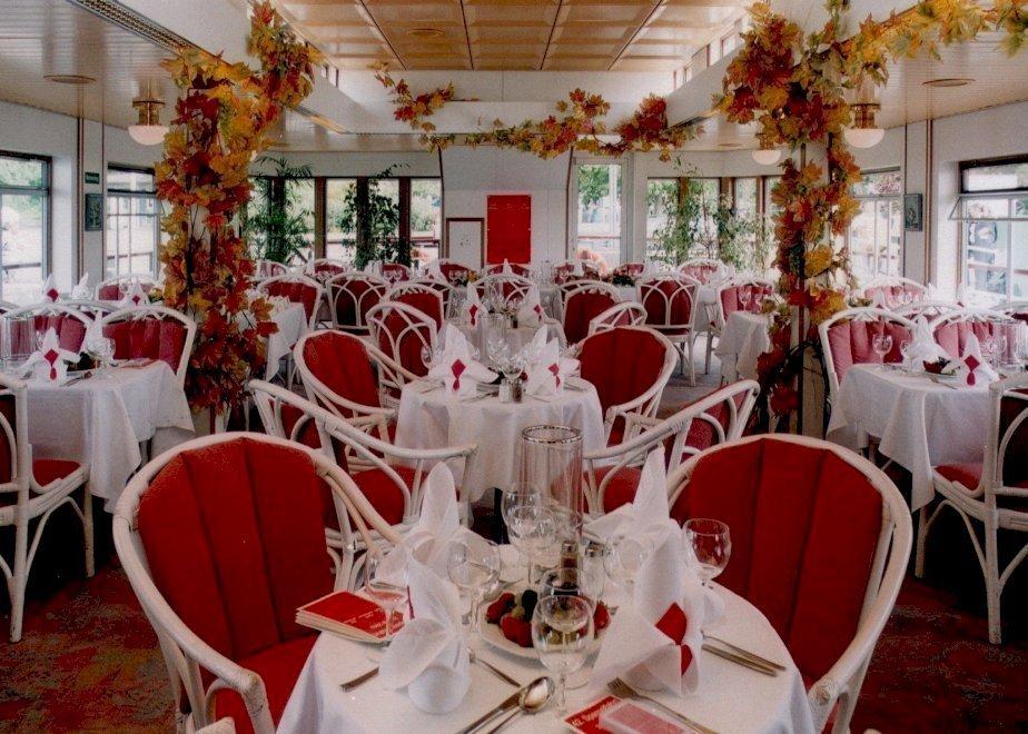 Hochzeitsfeier Auf Der Ms Havel Queen