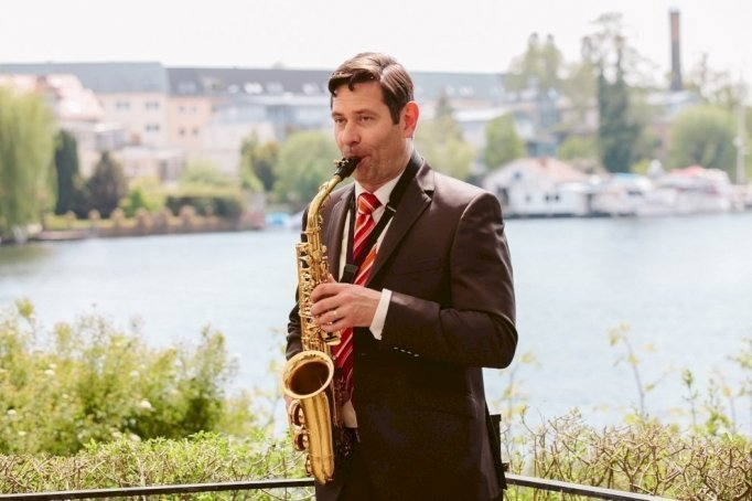 Saxophonist Mike Gerent